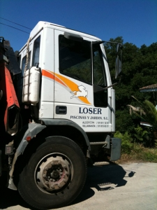 loser swimming pool truck