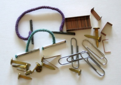 Assorted types of paper fastener