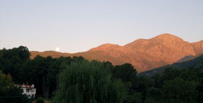 moon set over Gredos