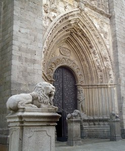 Avila Cathedral lions