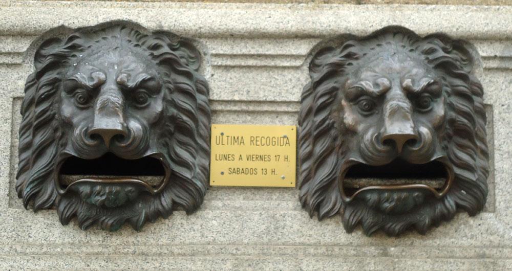 Post Office Box lions, Avila