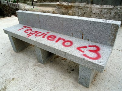 """Graffiti: """"te quiero <3"""""""