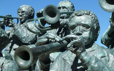 Close up of band statue, l'Escala, Spain