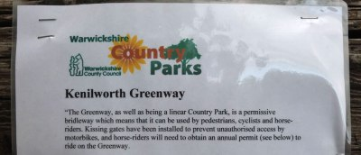 Kenilworth Greenway -  a permissisve bridleway with kissing gates