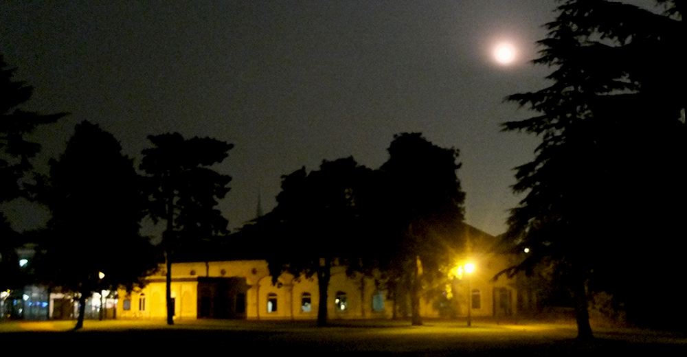 Leamington Spa Pump Rooms by moonlight.