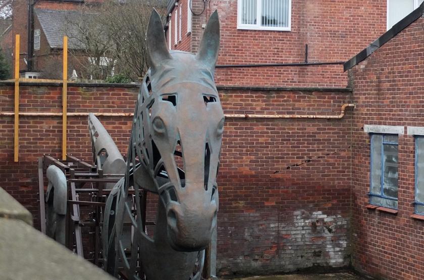 iron horse head sculpture