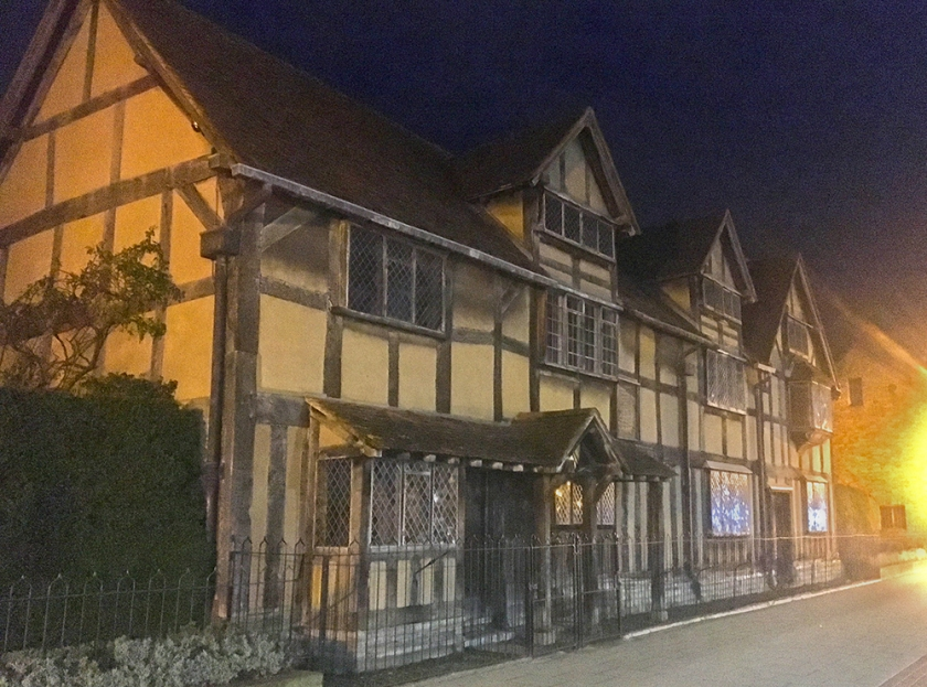 Shakespeare's House, Stratford-upon-Avon, by night