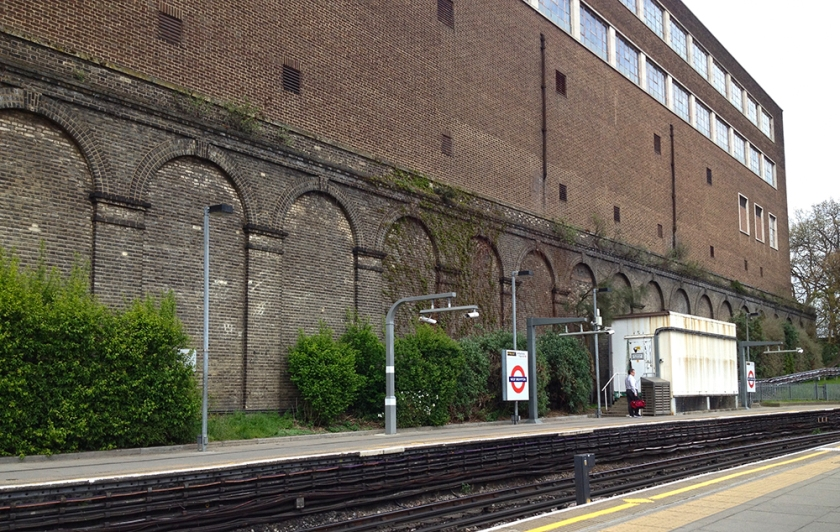 London overground station