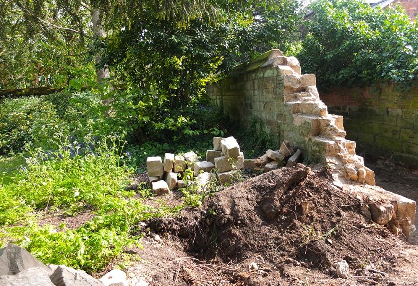 tumbled stone wall