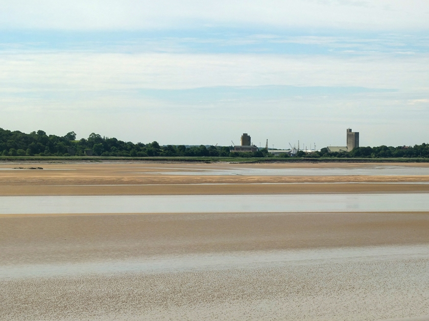 Low tide. Severn River. Severn Estuary