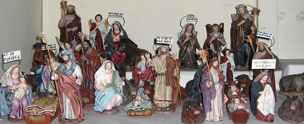 nativity scene figures